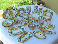 Business gift samples: pottery decorated with Queen Lemons (QLM001)
